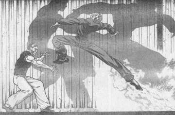 ドイル手首カッターON!この斬撃を紙一重で避けた柳、交錯の間際ドイルの右目を打つ! \u201dゴッ\u201d うあちゃー、入ってしまいました毒手拳着地したドイル驚愕!